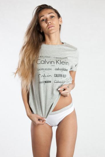 Calvin Klein Tričko Heritage Šedé