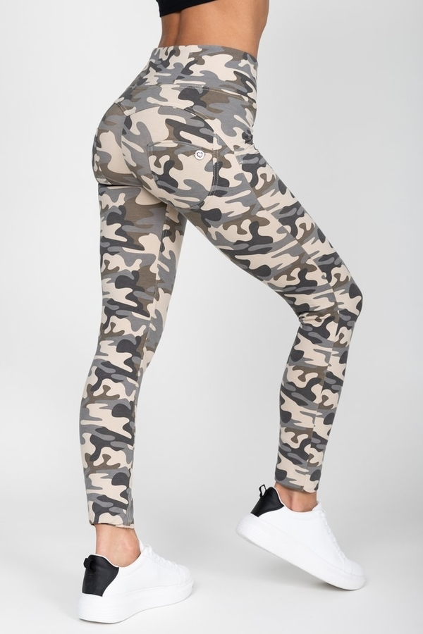 Hugz Camo Light High Waist Jegging - L, L - 1