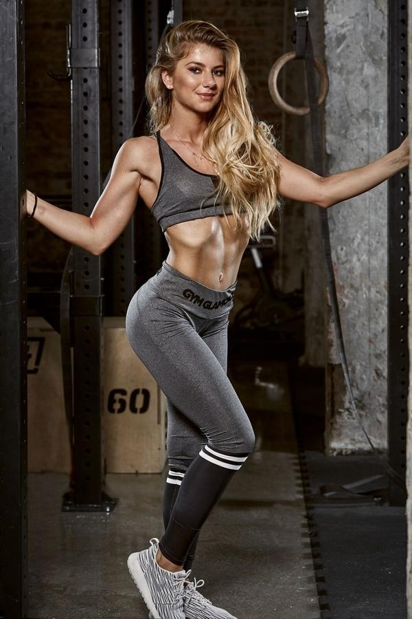 Gym Glamour Leggings Grey & Black Socks - 2